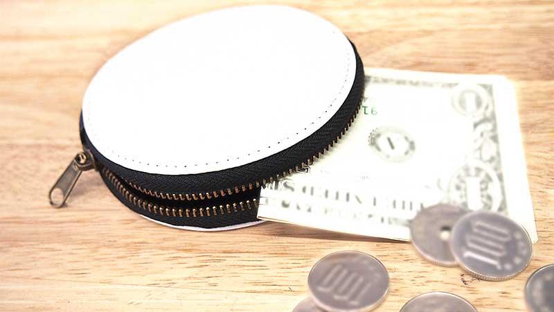 合皮製のレザーコインケース