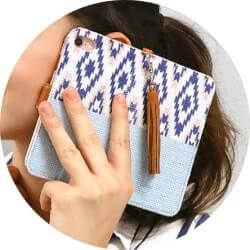 フリンジ付きスマホ手帳型ケース