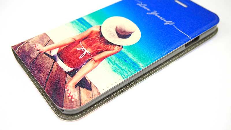 iPhoneのベルト無し(帯無し)手帳型スマホケースのオリジナル印刷