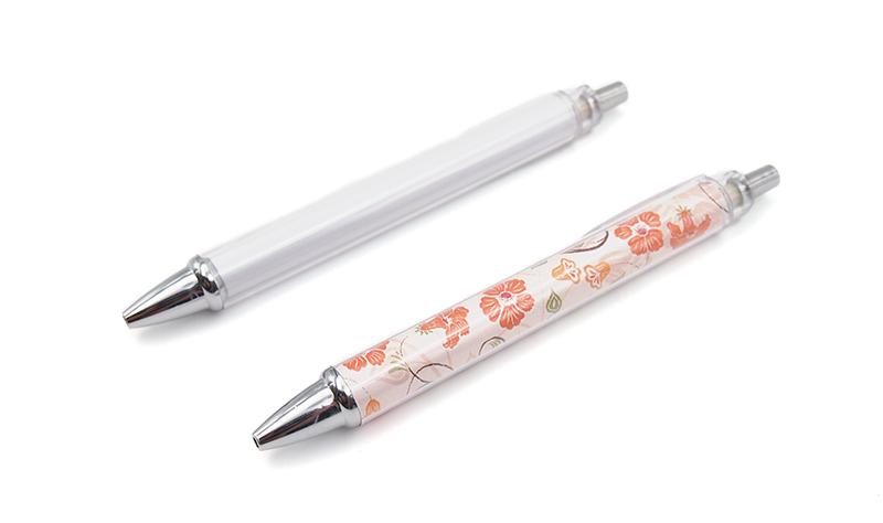 ぜひセットで!オリジナルボールペンも作成できます!