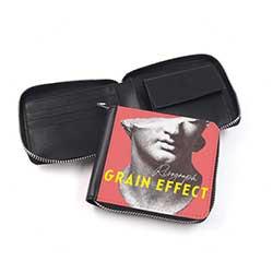 二つ折り財布(ファスナータイプ)