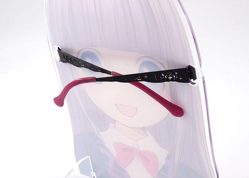 設置時のメガネのテンプル(ウデ)は開閉可能