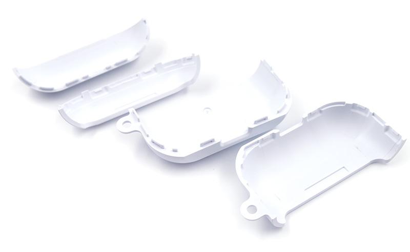 AirPods Proにしっかりフィットして本体を全面保護!