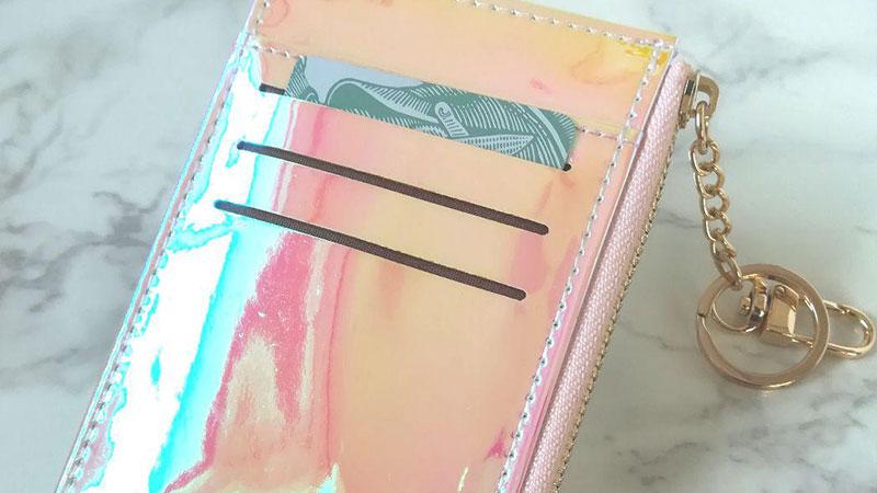 小銭入れとカードケースが一緒になった多機能ミニ財布