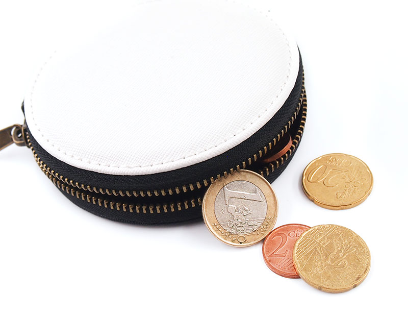 収納・携帯・持ち運びに便利なコインケース。