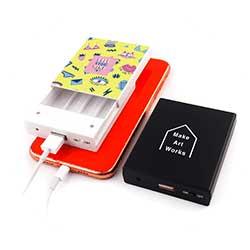 乾電池式モバイルチャージャー