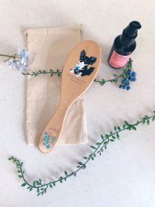 上司への誕生日プレゼントにヘアブラシを作りました木のプリントなのに、バッチリ綺麗に仕上がってビックリ!!メークさんは一個から初心者でも簡単に作れるし、プリントもすごく綺麗で愛用してます自分で欲しいものが作れるって素晴らしい