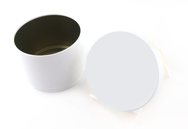 昭和27年創業の缶製造メーカーが作ったこだわりの缶ケース