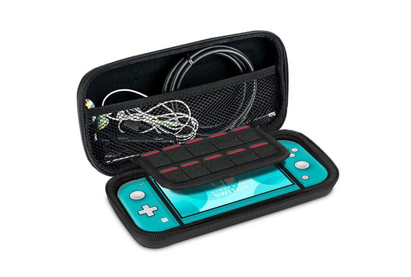 機能面も抜群。きっちり収納!Nintendo Switch専用ポーチ(キャリングケース)