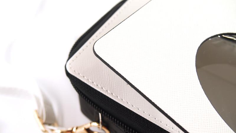高級感があるPUレザー製のコレクションケース(ドールケース)