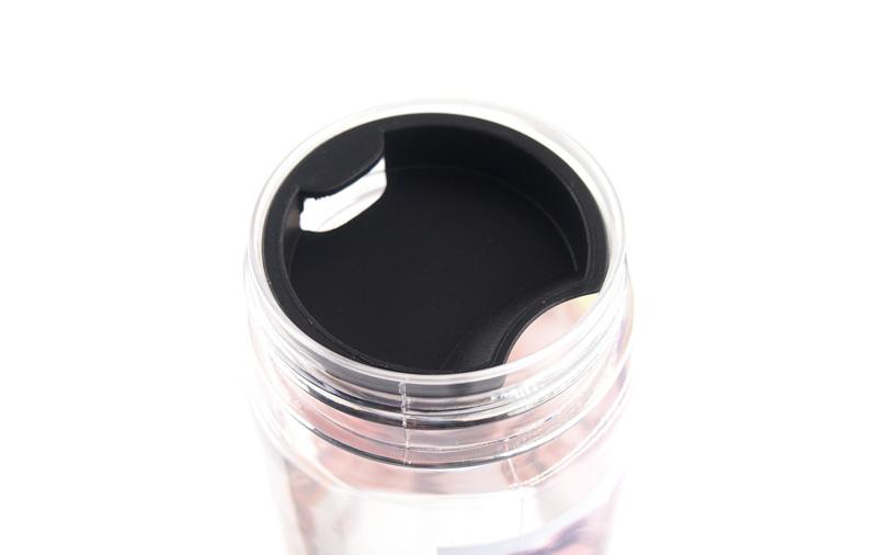 飲み口が広さで簡単洗浄!便利で使いやすいデザイン