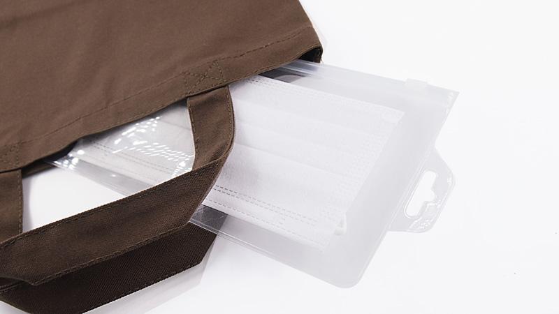 マスクをキレイなまま持ち運びできる便利なオリジナルEVAマスクケース