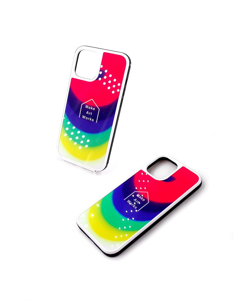 強化ガラス製のiPhoneスマホケースの特徴