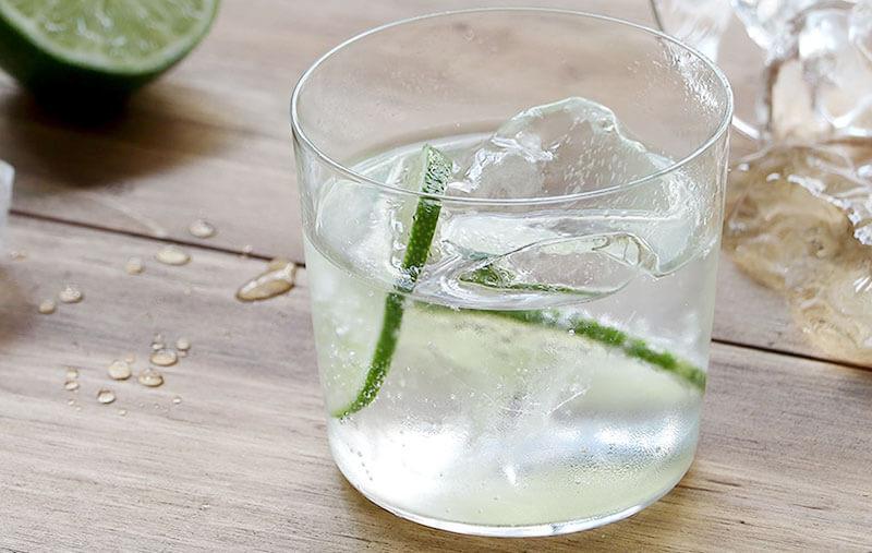 国内グラスメーカーによるカリクリスタル製グラス
